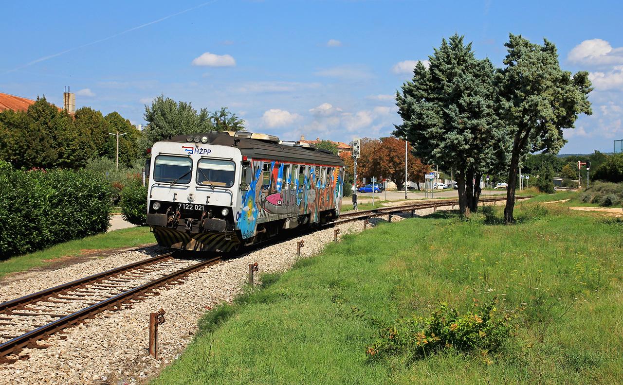 http://www.badische-schwarzwaldbahn.de/DSO/E114.jpg