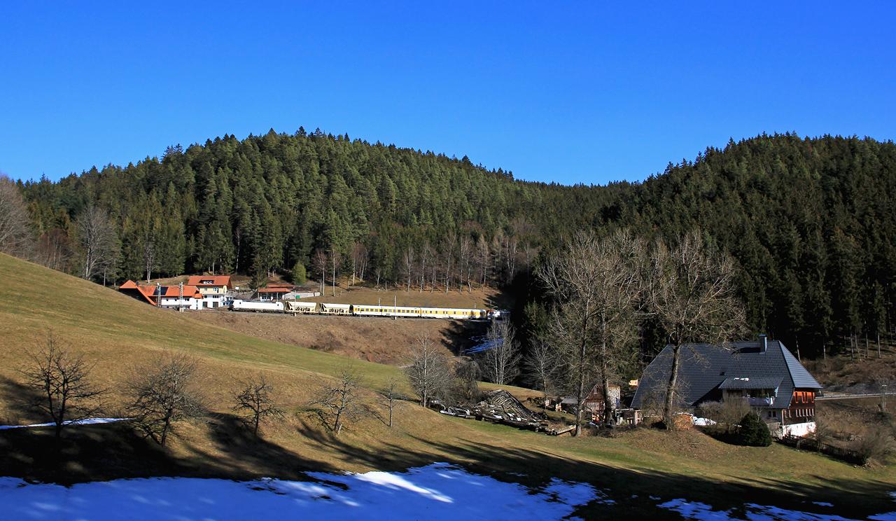 http://www.badische-schwarzwaldbahn.de/DSO/E77.jpg