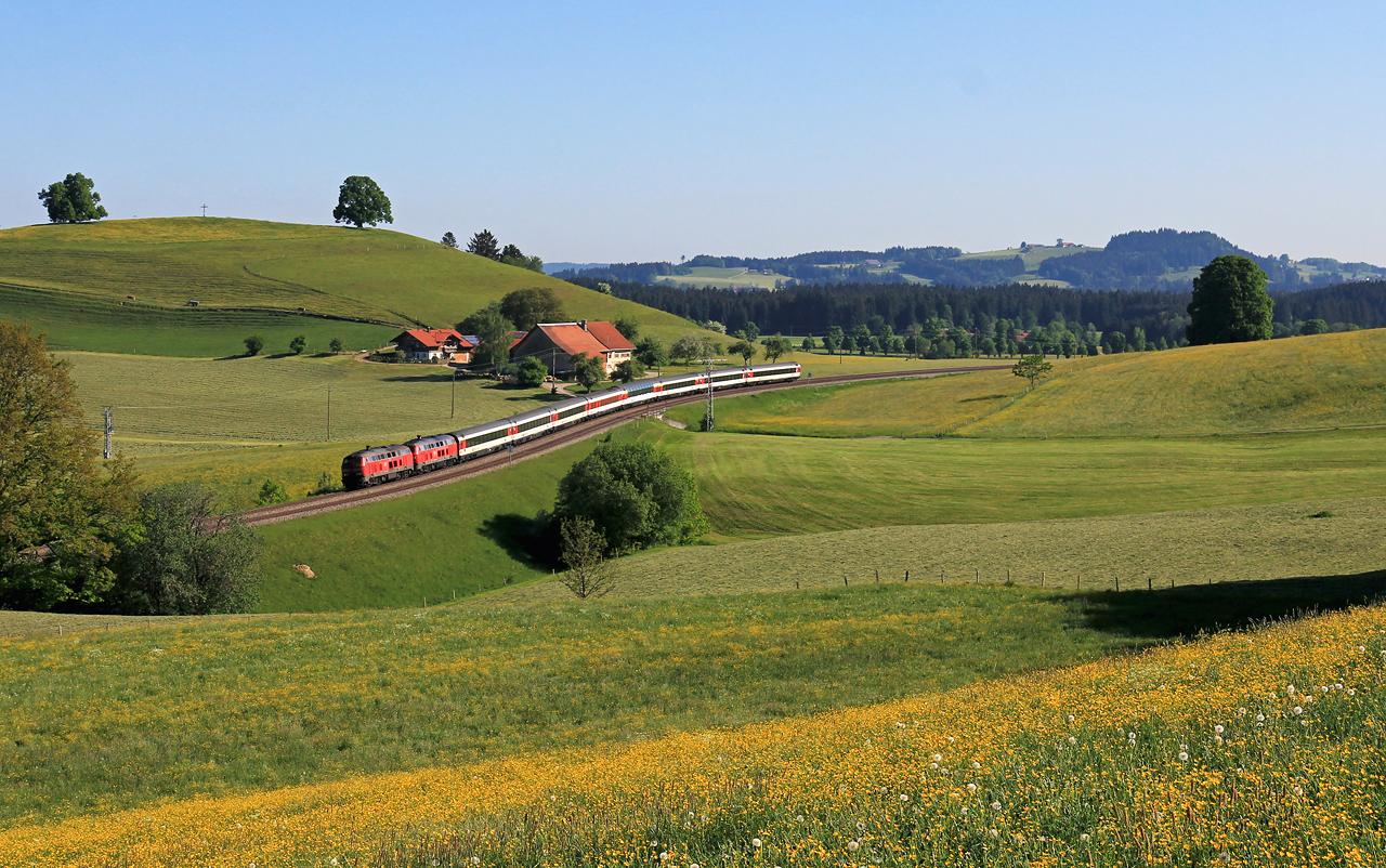 http://www.badische-schwarzwaldbahn.de/DSO/EC027.jpg