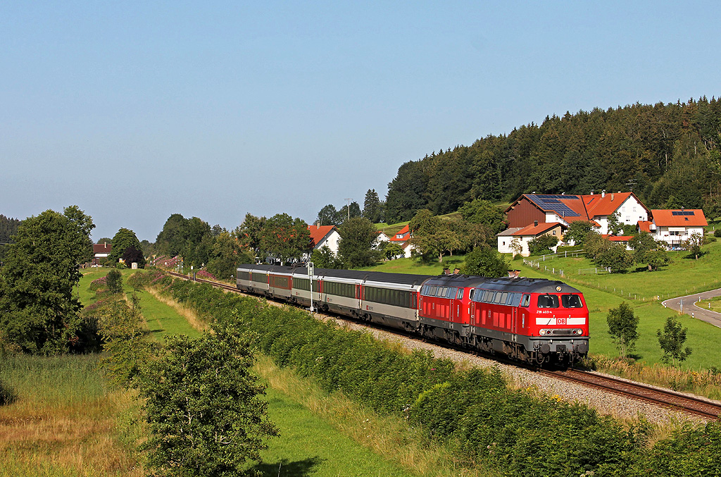 http://www.badische-schwarzwaldbahn.de/DSO/EC09.jpg