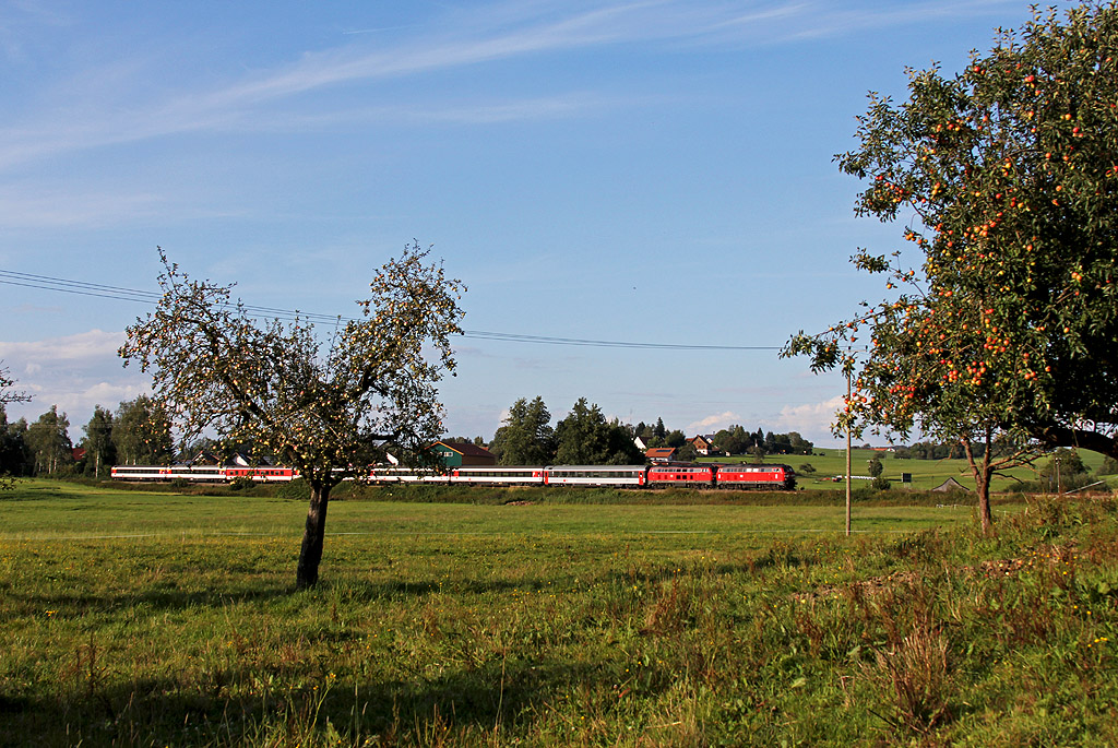 http://www.badische-schwarzwaldbahn.de/DSO/EC11.jpg