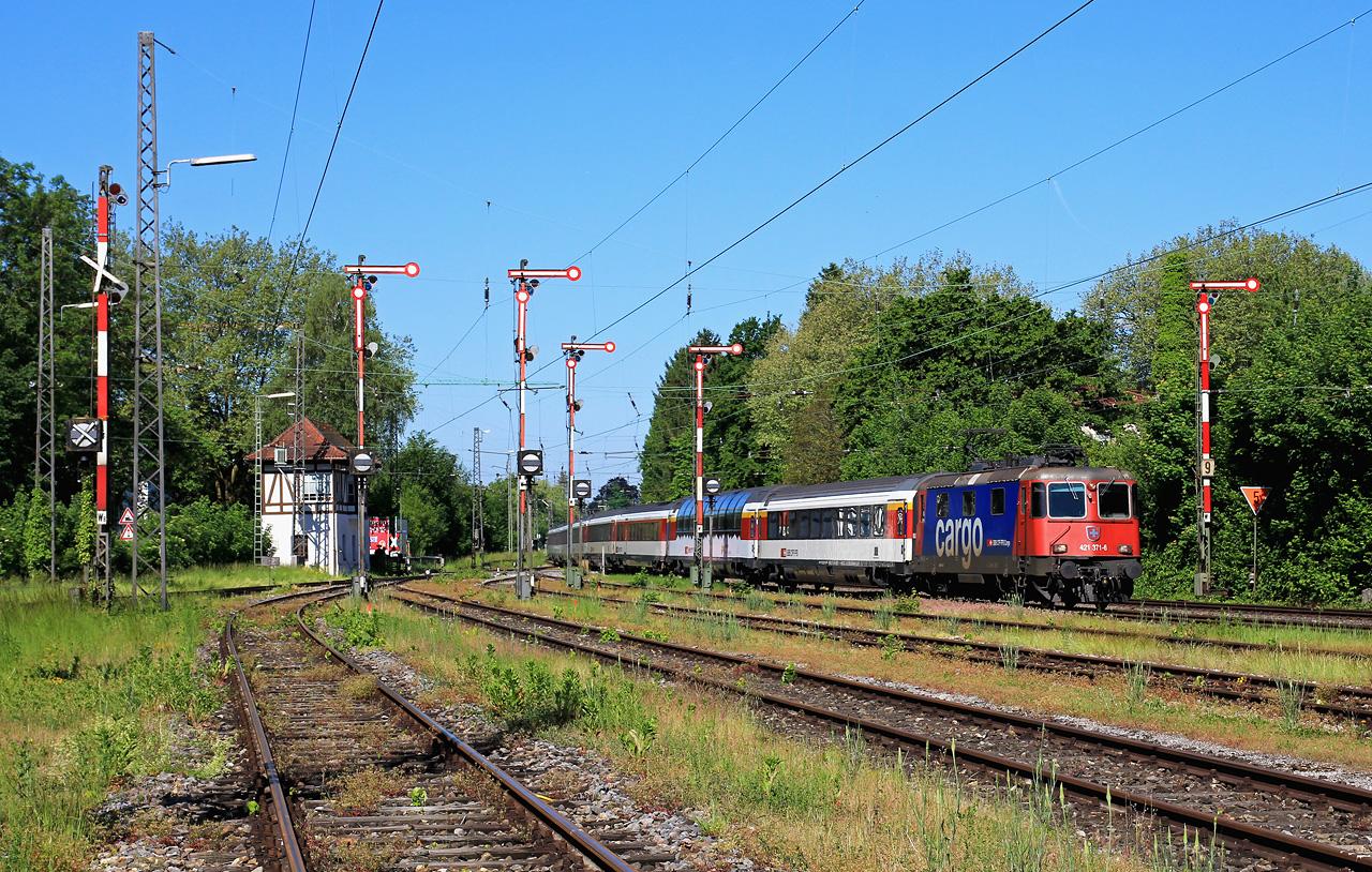 http://www.badische-schwarzwaldbahn.de/DSO/EC24.jpg