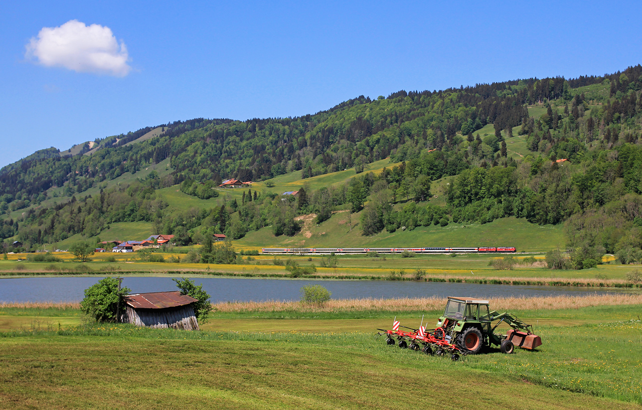 http://www.badische-schwarzwaldbahn.de/DSO/EC28.jpg
