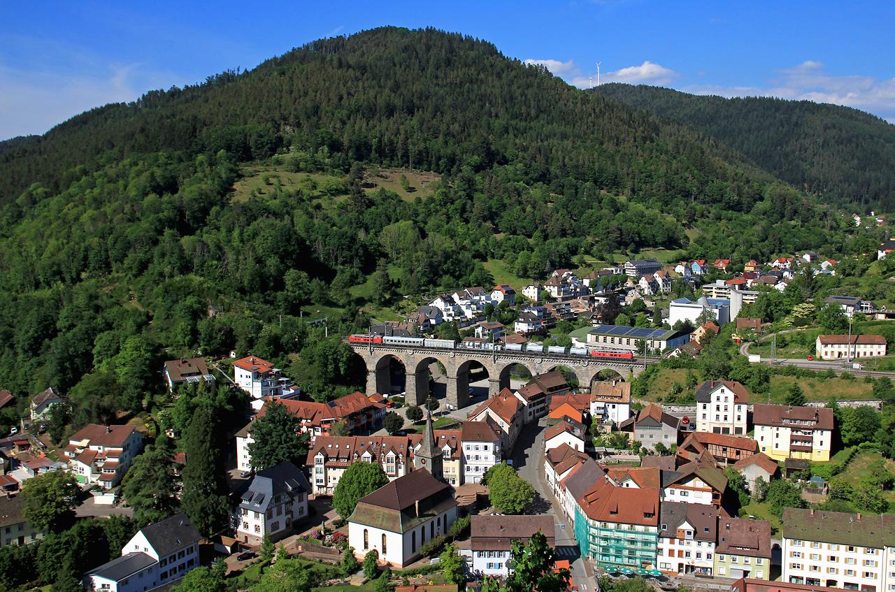 http://www.badische-schwarzwaldbahn.de/DSO/G196.jpg