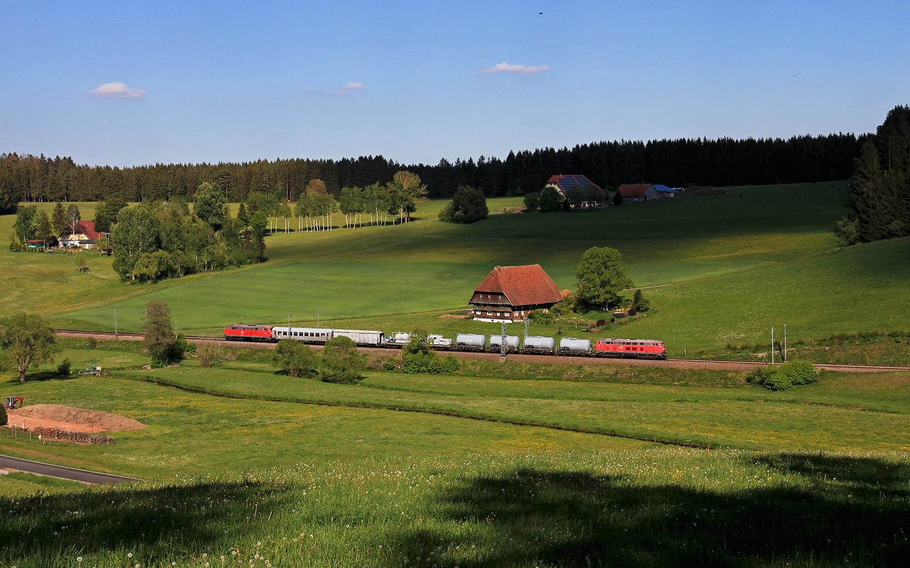 http://www.badische-schwarzwaldbahn.de/DSO/G198.jpg