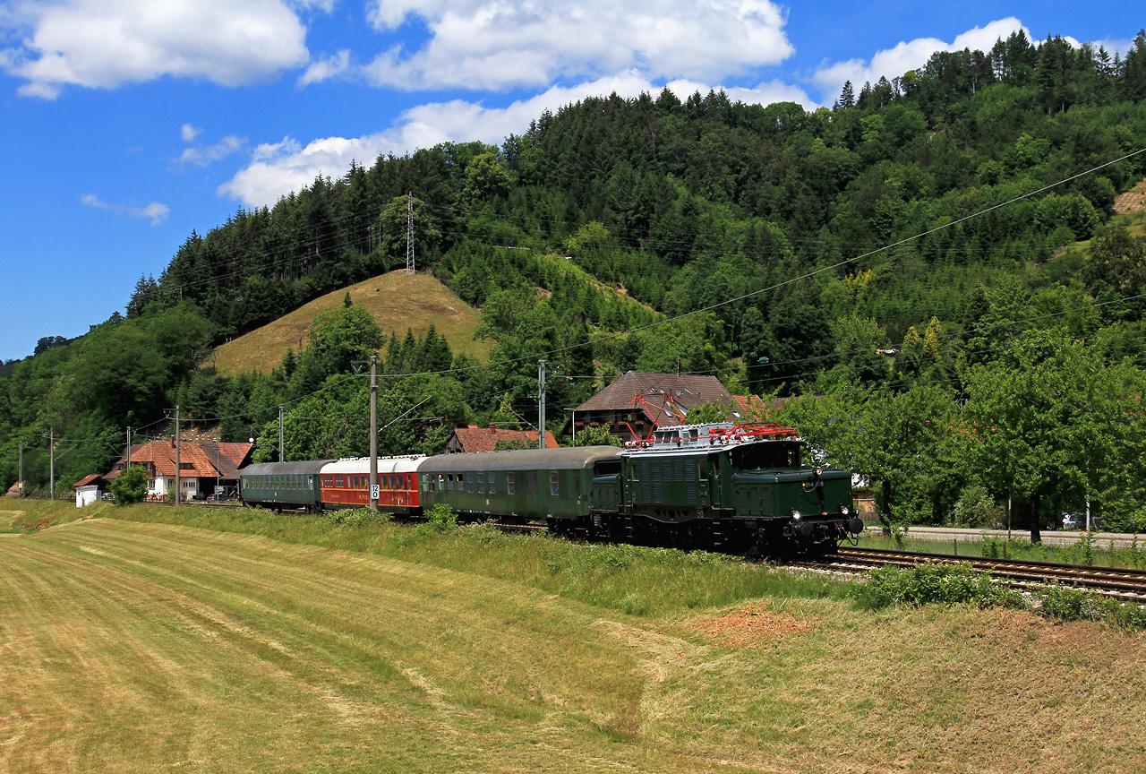 http://www.badische-schwarzwaldbahn.de/DSO/G201.jpg