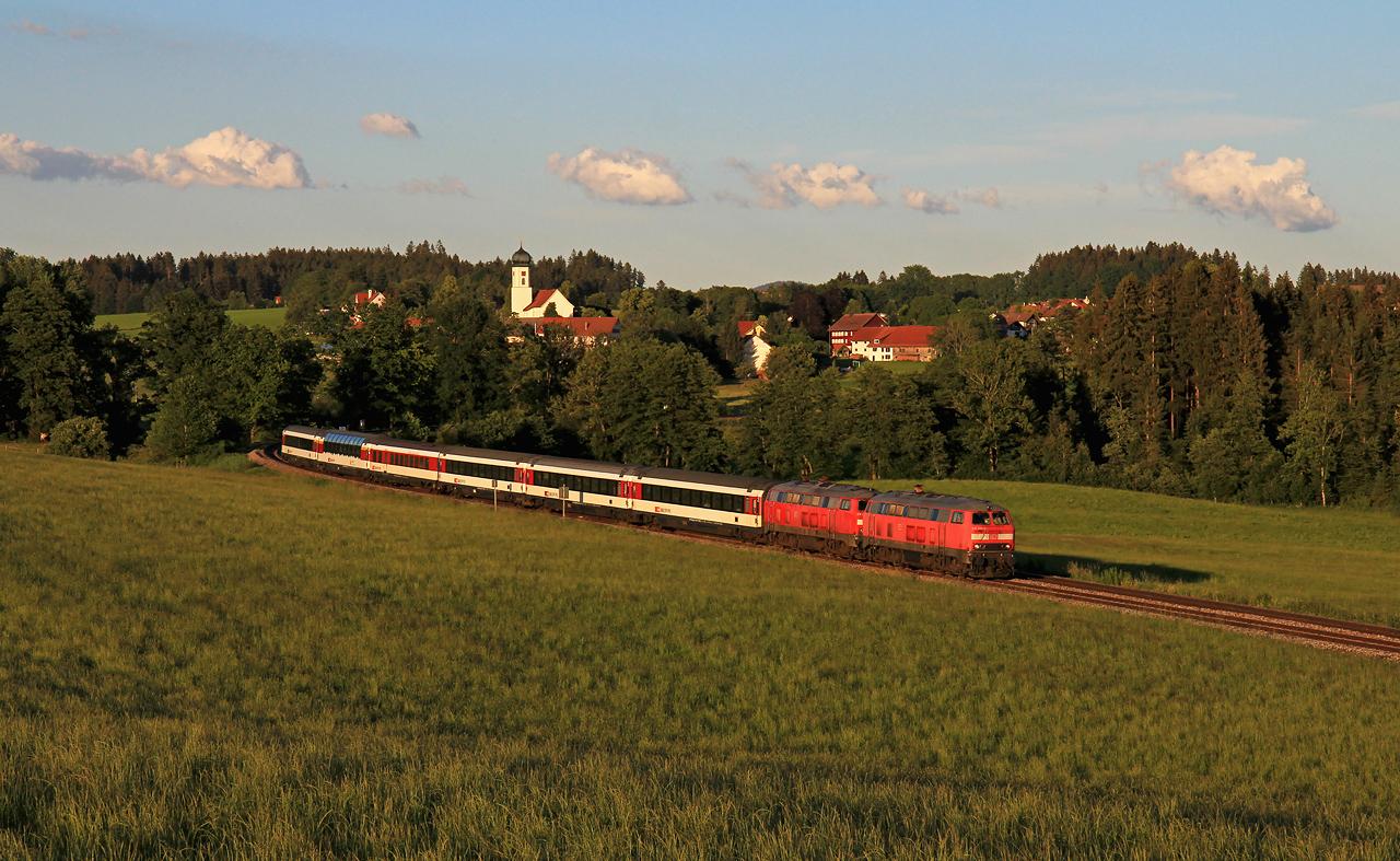 http://www.badische-schwarzwaldbahn.de/DSO/G220.jpg