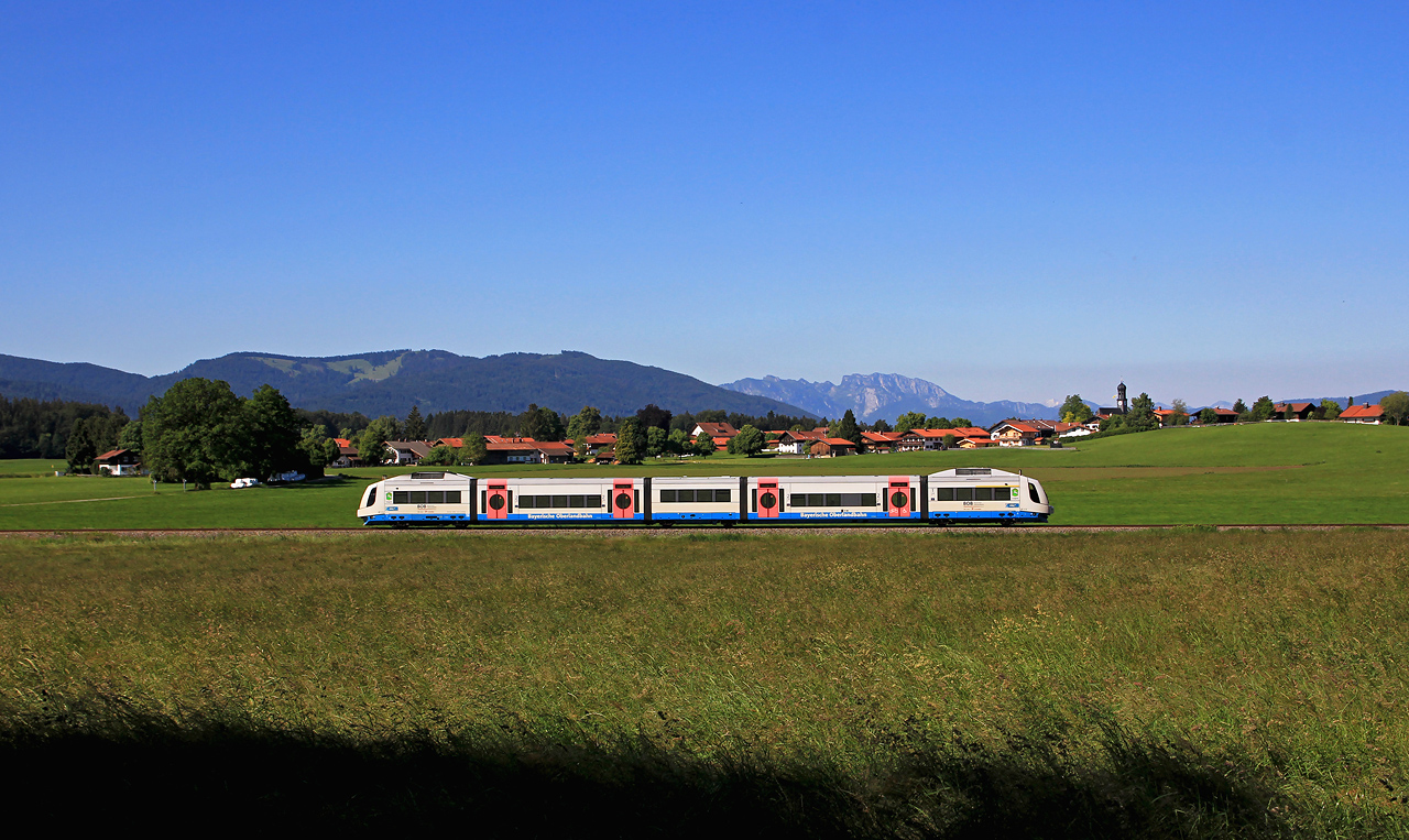 http://www.badische-schwarzwaldbahn.de/DSO/G225.jpg