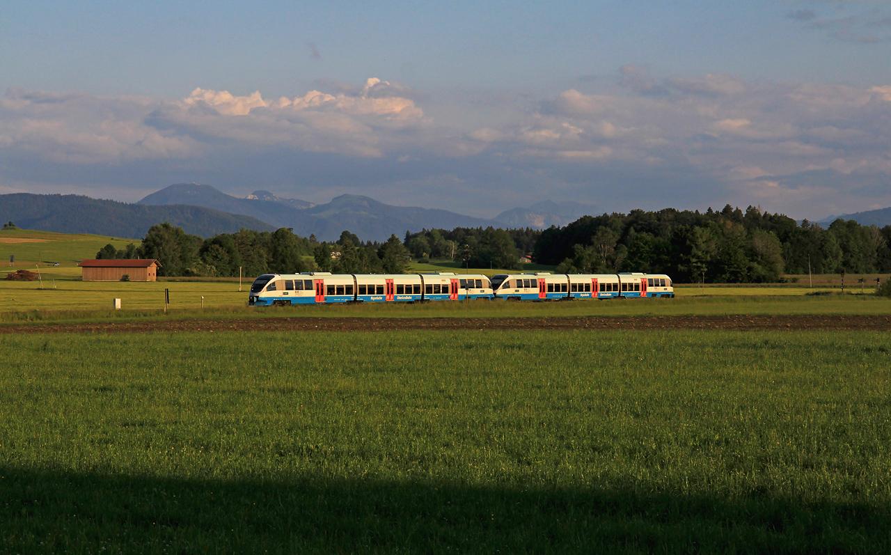 http://www.badische-schwarzwaldbahn.de/DSO/G229.jpg