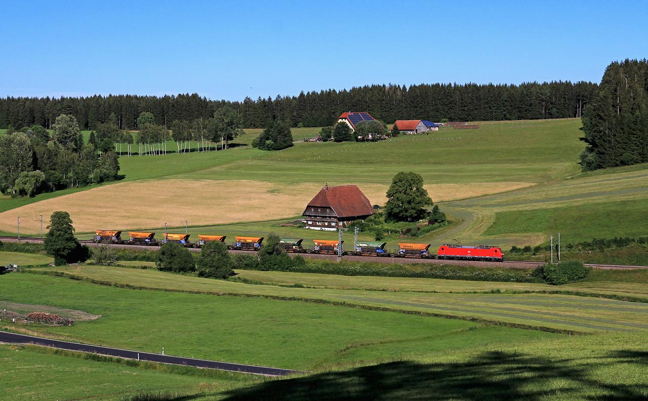 http://www.badische-schwarzwaldbahn.de/DSO/G242.jpg