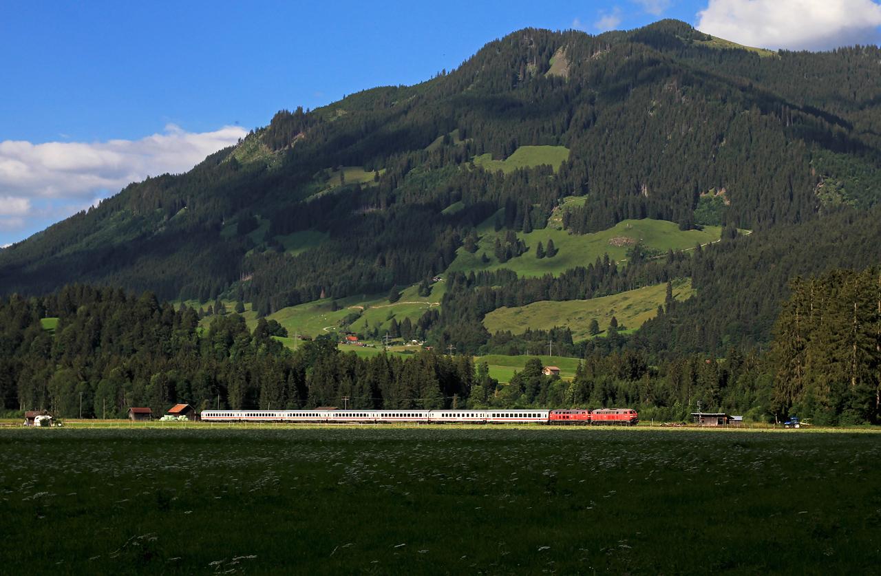 http://www.badische-schwarzwaldbahn.de/DSO/G270.jpg