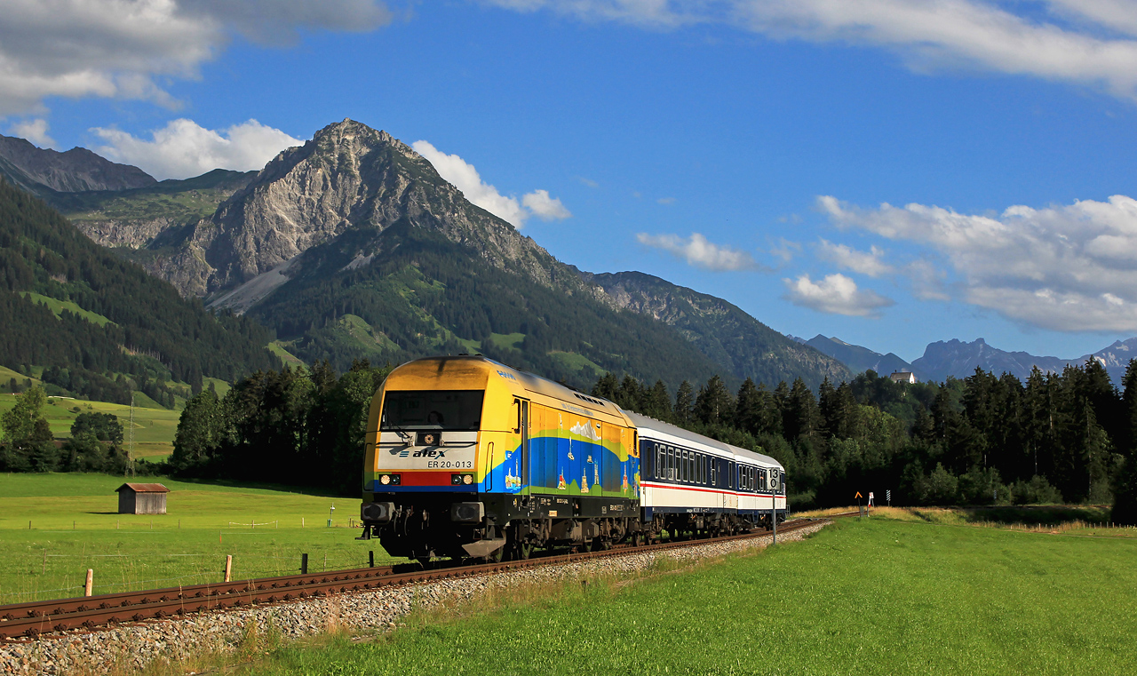 http://www.badische-schwarzwaldbahn.de/DSO/G271.jpg