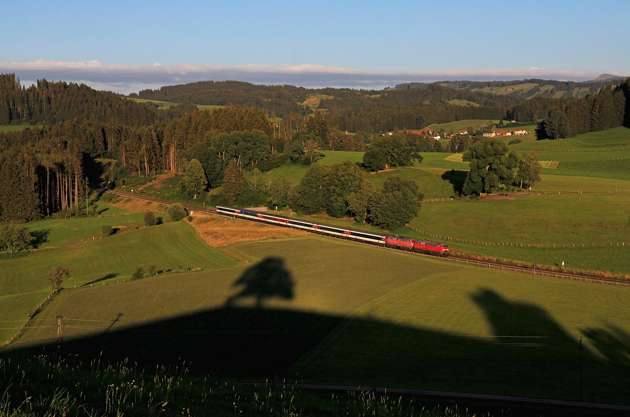 http://www.badische-schwarzwaldbahn.de/DSO/G273.jpg