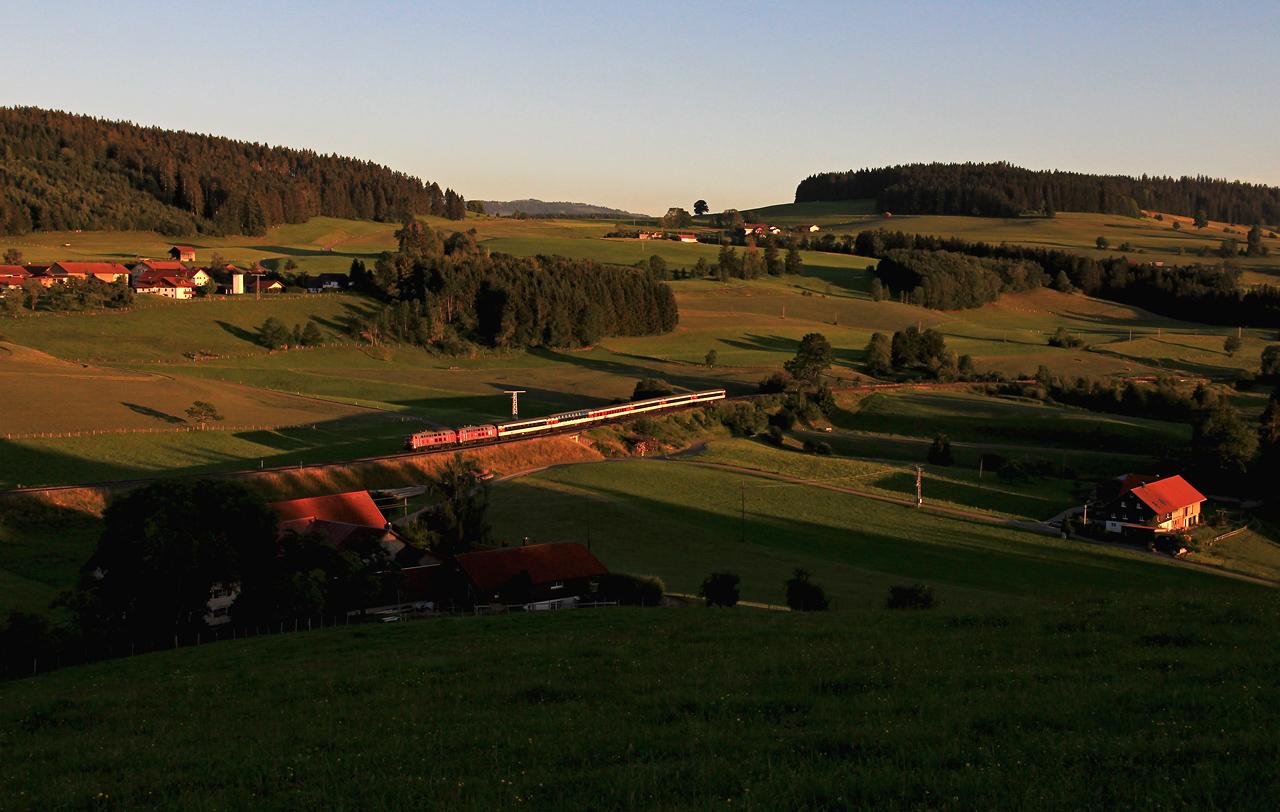 http://www.badische-schwarzwaldbahn.de/DSO/G277.jpg