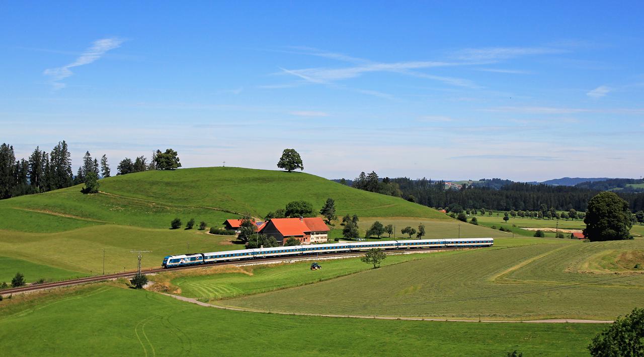 http://www.badische-schwarzwaldbahn.de/DSO/G288.jpg