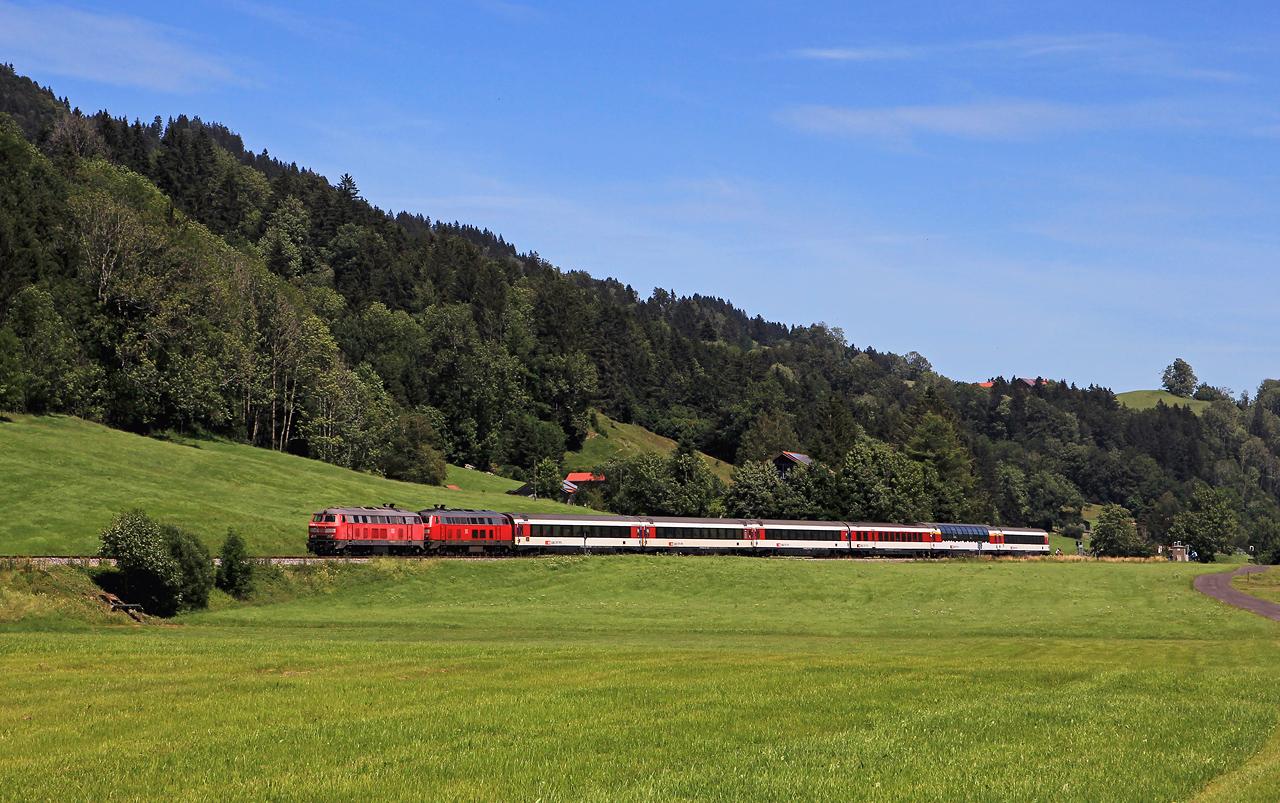 http://www.badische-schwarzwaldbahn.de/DSO/G290.jpg