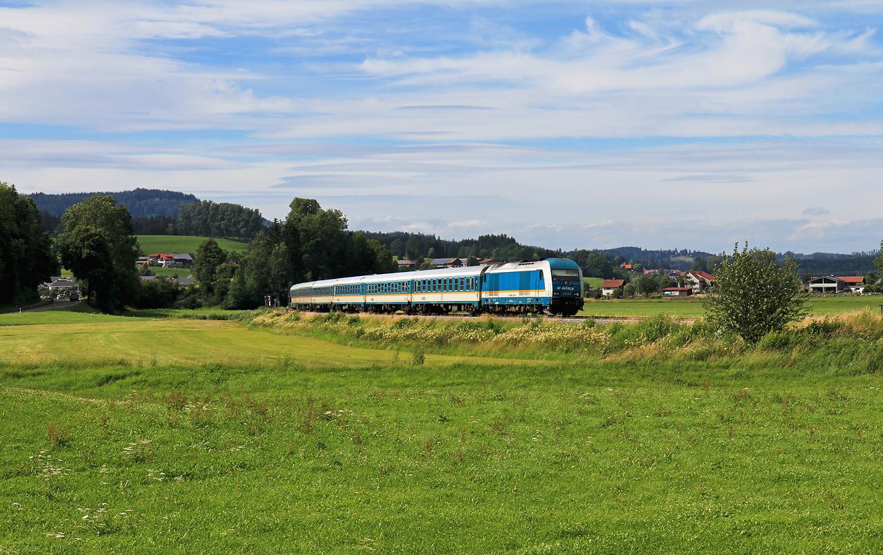 http://www.badische-schwarzwaldbahn.de/DSO/G294.jpg