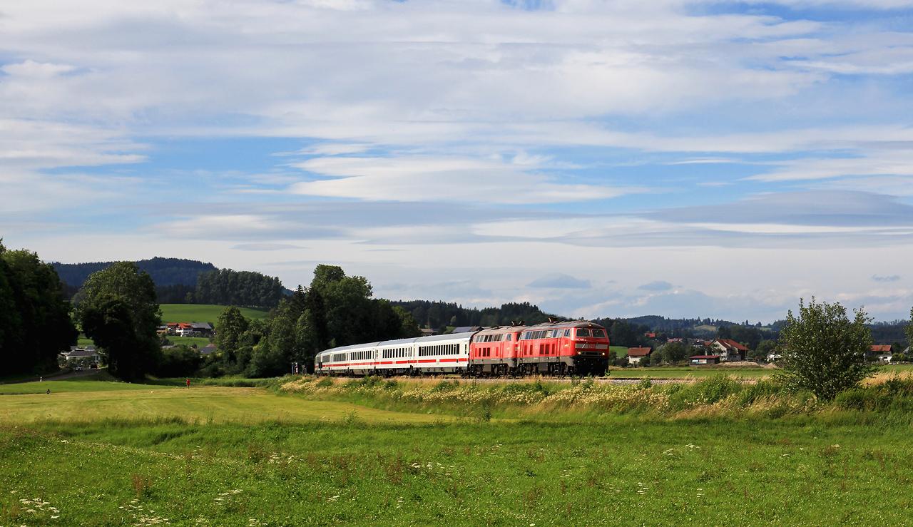 http://www.badische-schwarzwaldbahn.de/DSO/G295.jpg