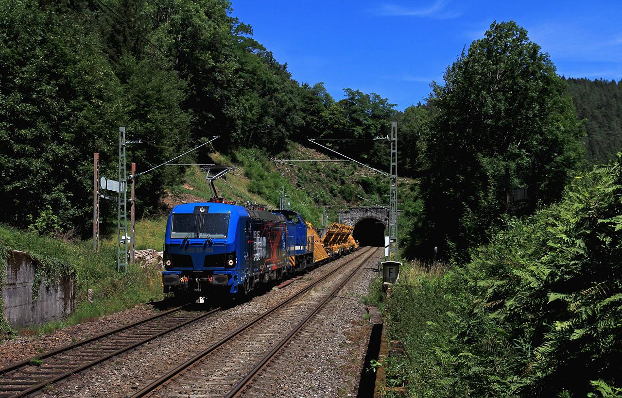 http://www.badische-schwarzwaldbahn.de/DSO/G300.jpg