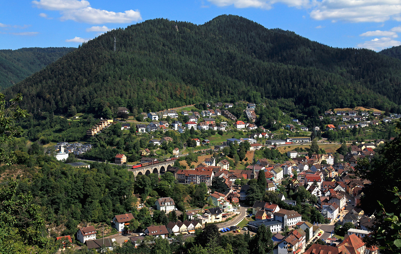 http://www.badische-schwarzwaldbahn.de/DSO/G306.jpg