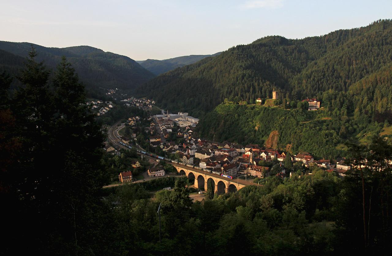 http://www.badische-schwarzwaldbahn.de/DSO/G306a.jpg