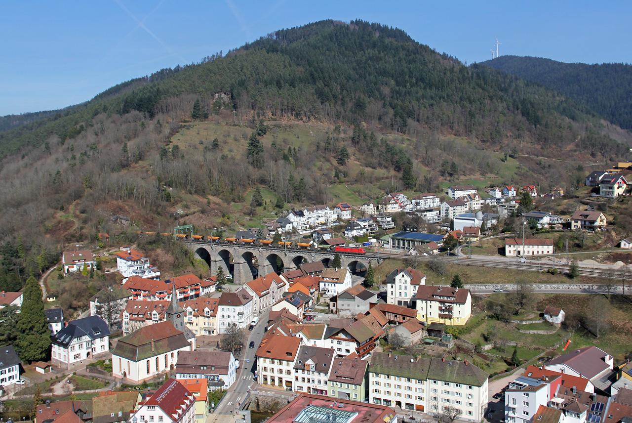 http://www.badische-schwarzwaldbahn.de/DSO/G306aa.jpg