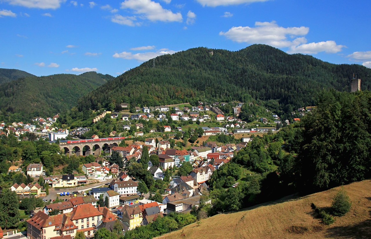 http://www.badische-schwarzwaldbahn.de/DSO/G309.jpg