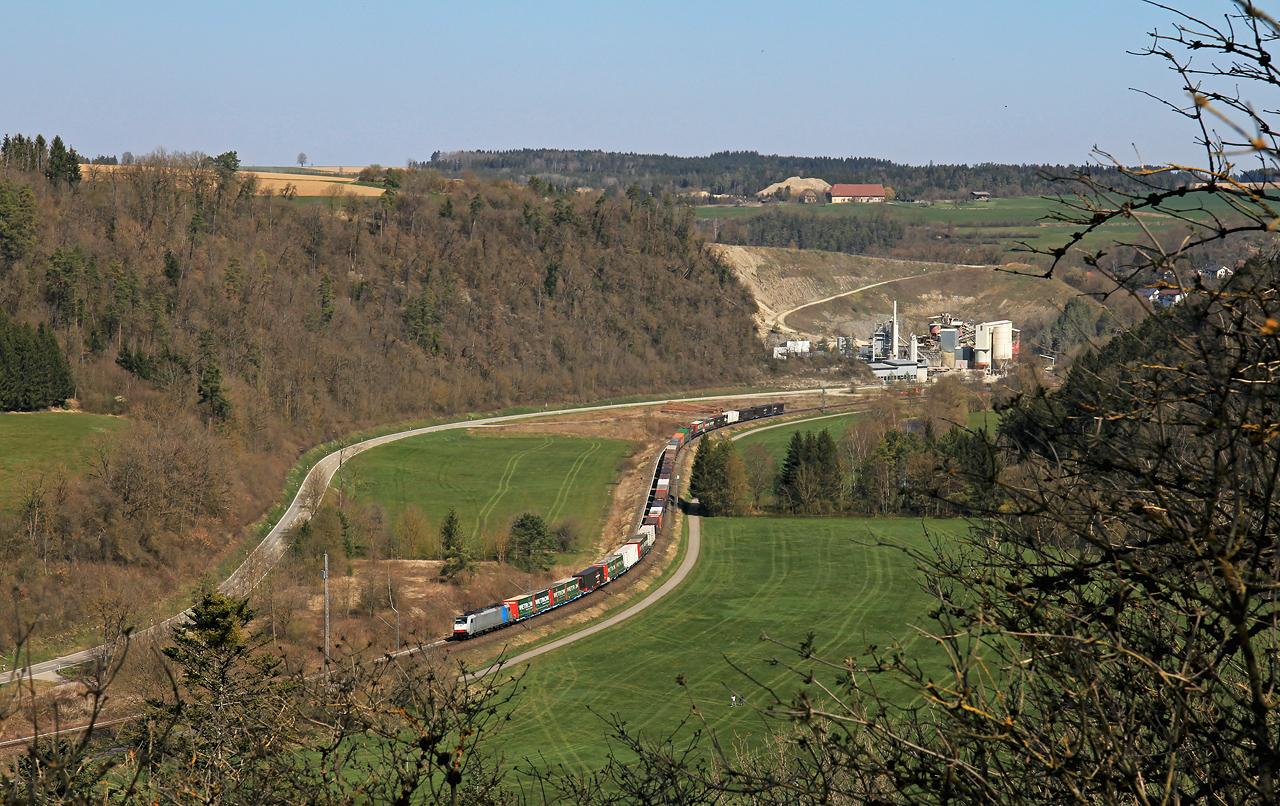 http://www.badische-schwarzwaldbahn.de/DSO/G348.jpg