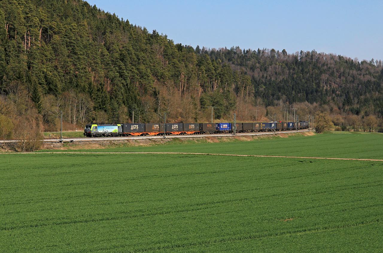 http://www.badische-schwarzwaldbahn.de/DSO/G352.jpg