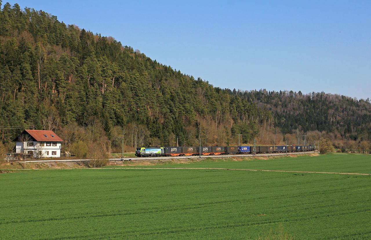http://www.badische-schwarzwaldbahn.de/DSO/G353.jpg