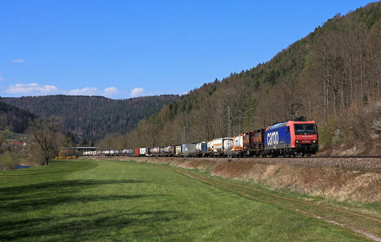 http://www.badische-schwarzwaldbahn.de/DSO/G354.jpg