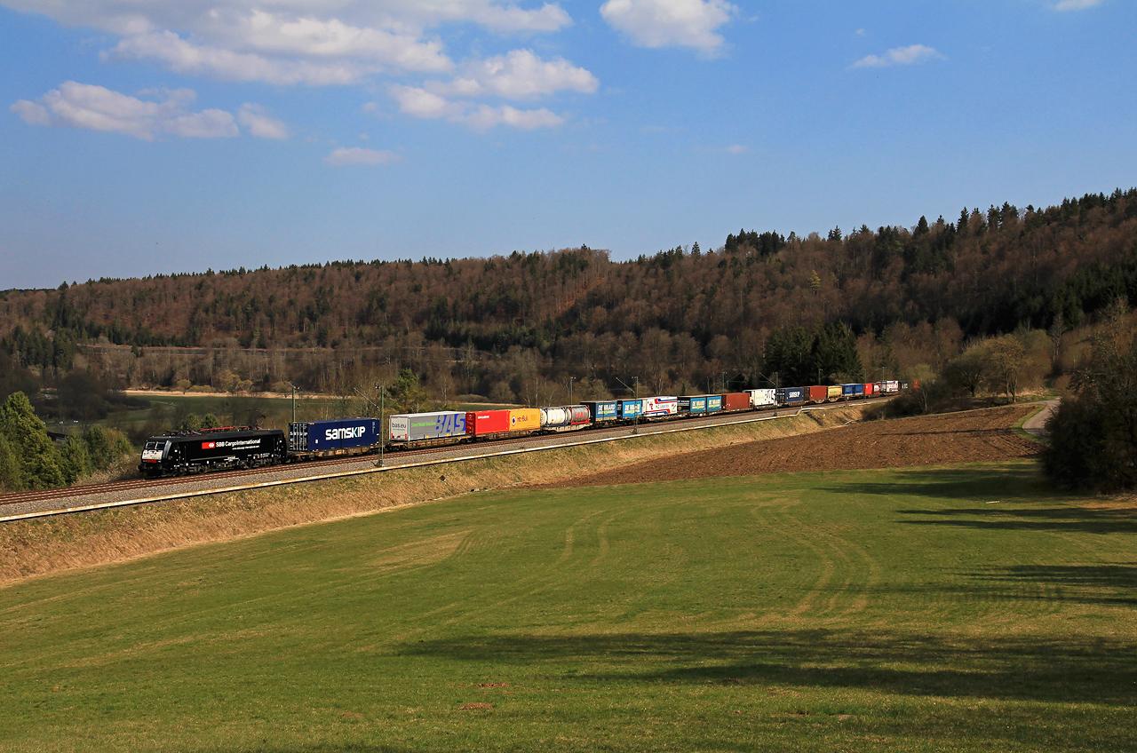 http://www.badische-schwarzwaldbahn.de/DSO/G366.jpg