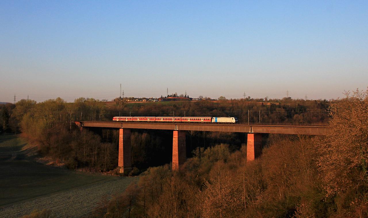 http://www.badische-schwarzwaldbahn.de/DSO/G371.jpg