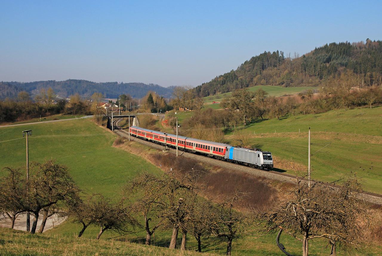 http://www.badische-schwarzwaldbahn.de/DSO/G374.jpg