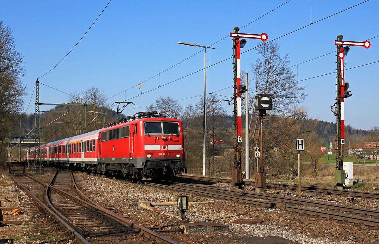 http://www.badische-schwarzwaldbahn.de/DSO/G377.jpg
