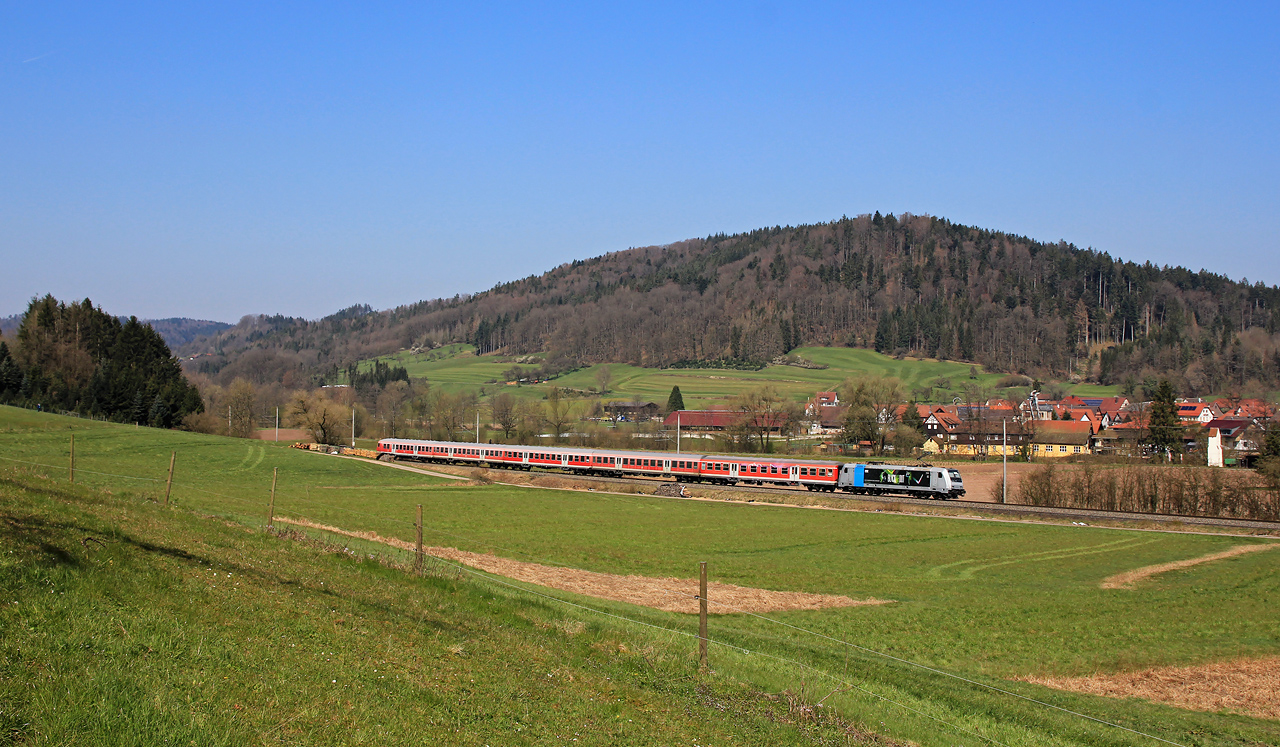 http://www.badische-schwarzwaldbahn.de/DSO/G379.jpg