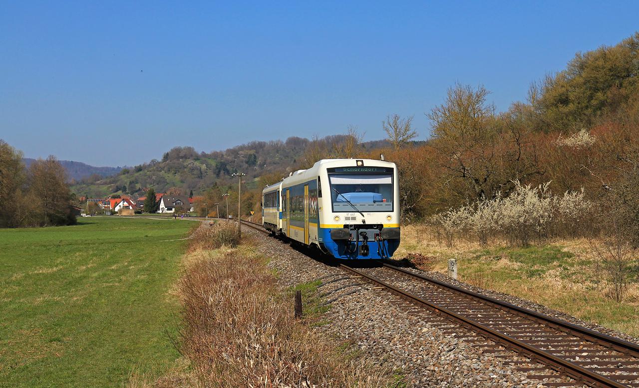 http://www.badische-schwarzwaldbahn.de/DSO/G382.jpg