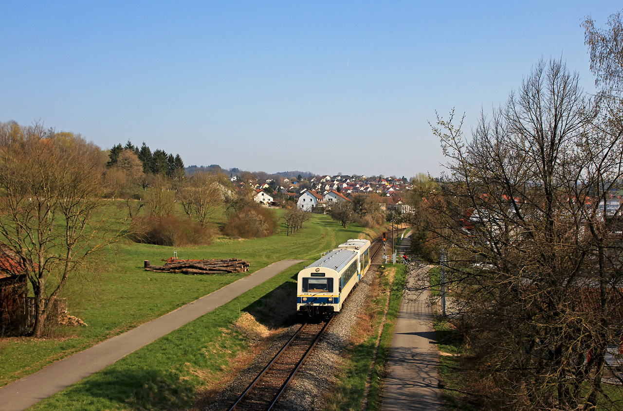 http://www.badische-schwarzwaldbahn.de/DSO/G385.jpg