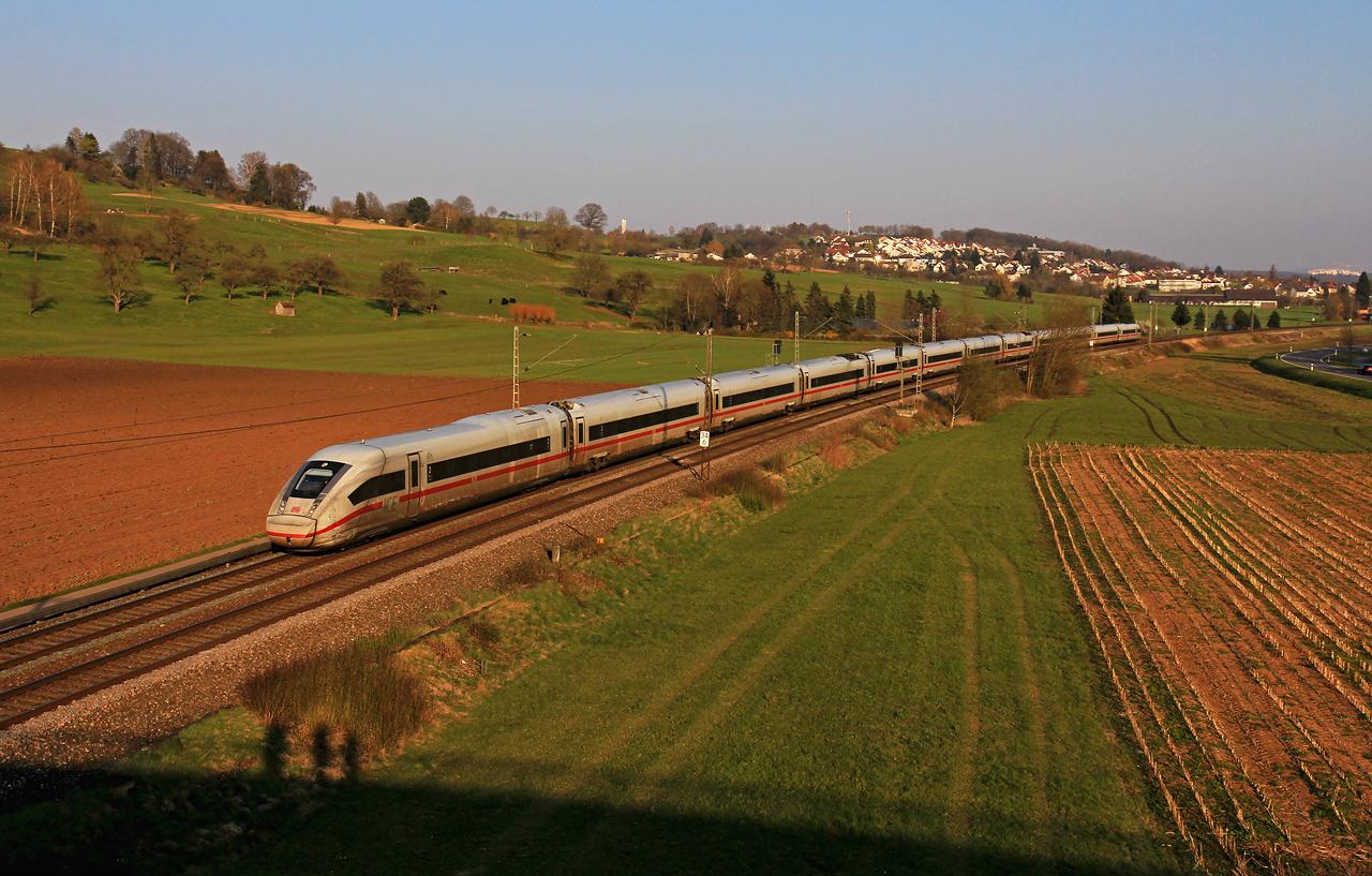 http://www.badische-schwarzwaldbahn.de/DSO/G389.jpg