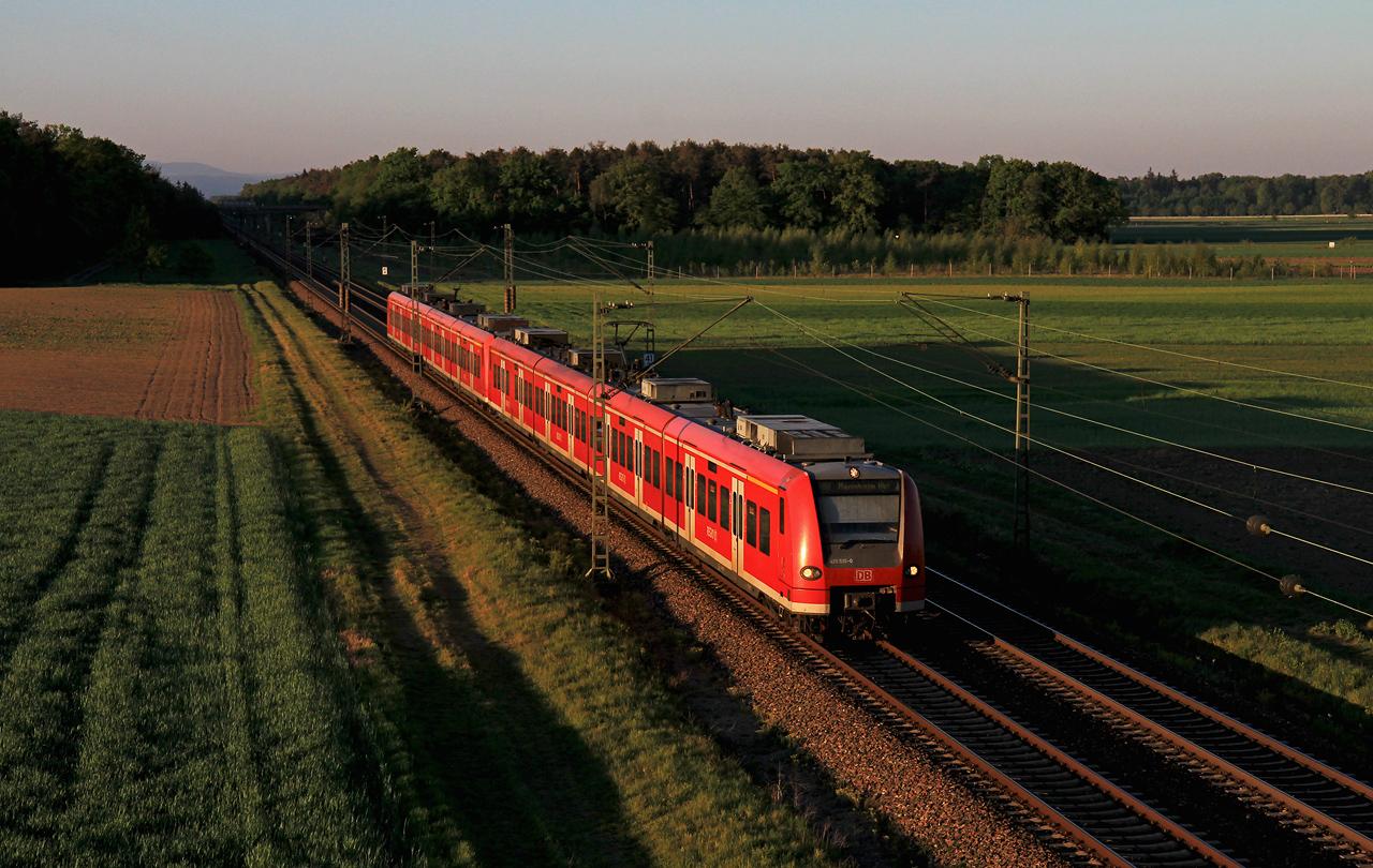 http://www.badische-schwarzwaldbahn.de/DSO/G431.jpg