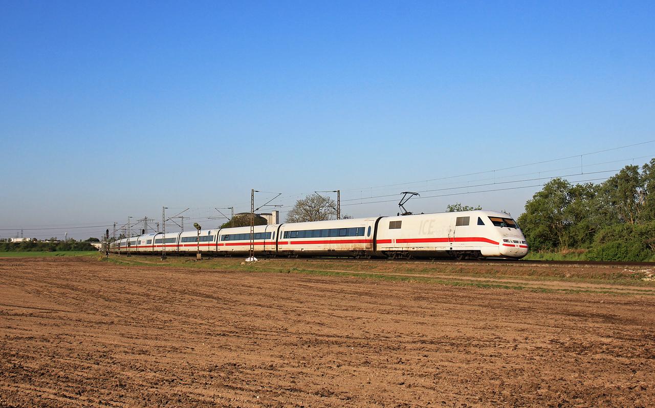 http://www.badische-schwarzwaldbahn.de/DSO/G437.jpg