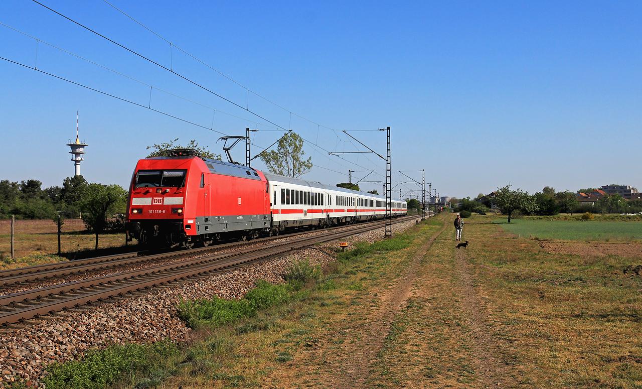 http://www.badische-schwarzwaldbahn.de/DSO/G443.jpg