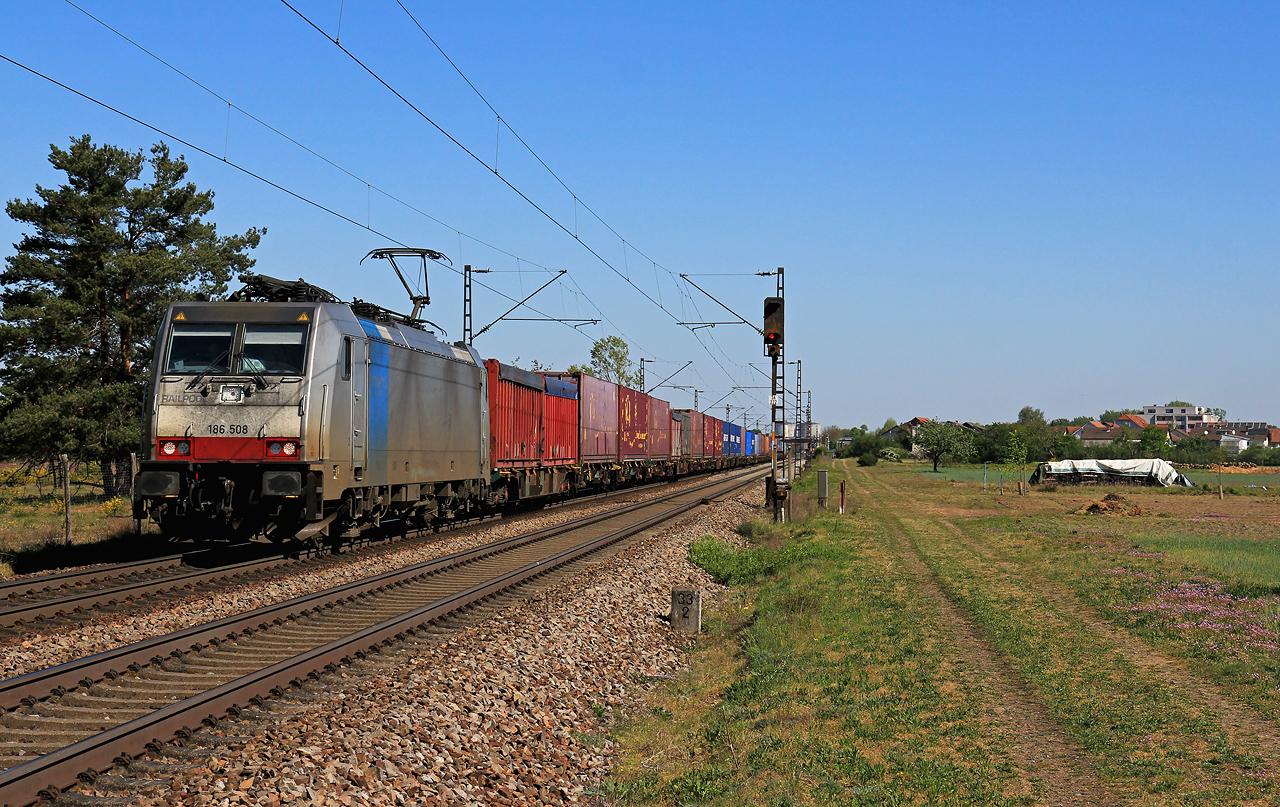 http://www.badische-schwarzwaldbahn.de/DSO/G447.jpg