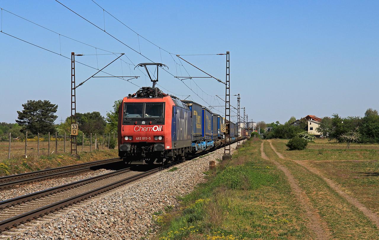 http://www.badische-schwarzwaldbahn.de/DSO/G451.jpg