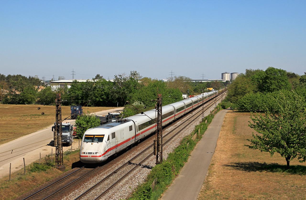 http://www.badische-schwarzwaldbahn.de/DSO/G452.jpg