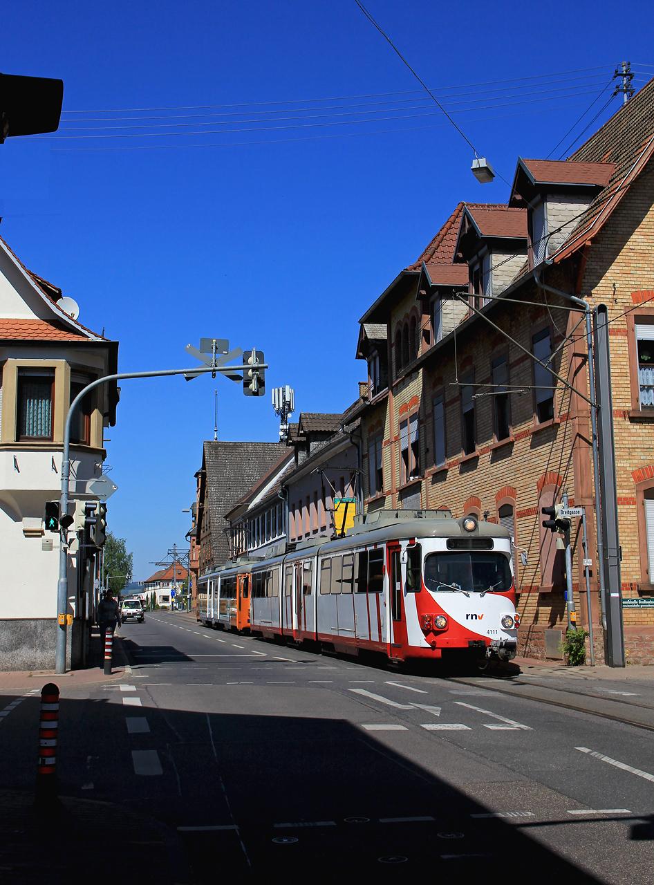 http://www.badische-schwarzwaldbahn.de/DSO/G456.jpg