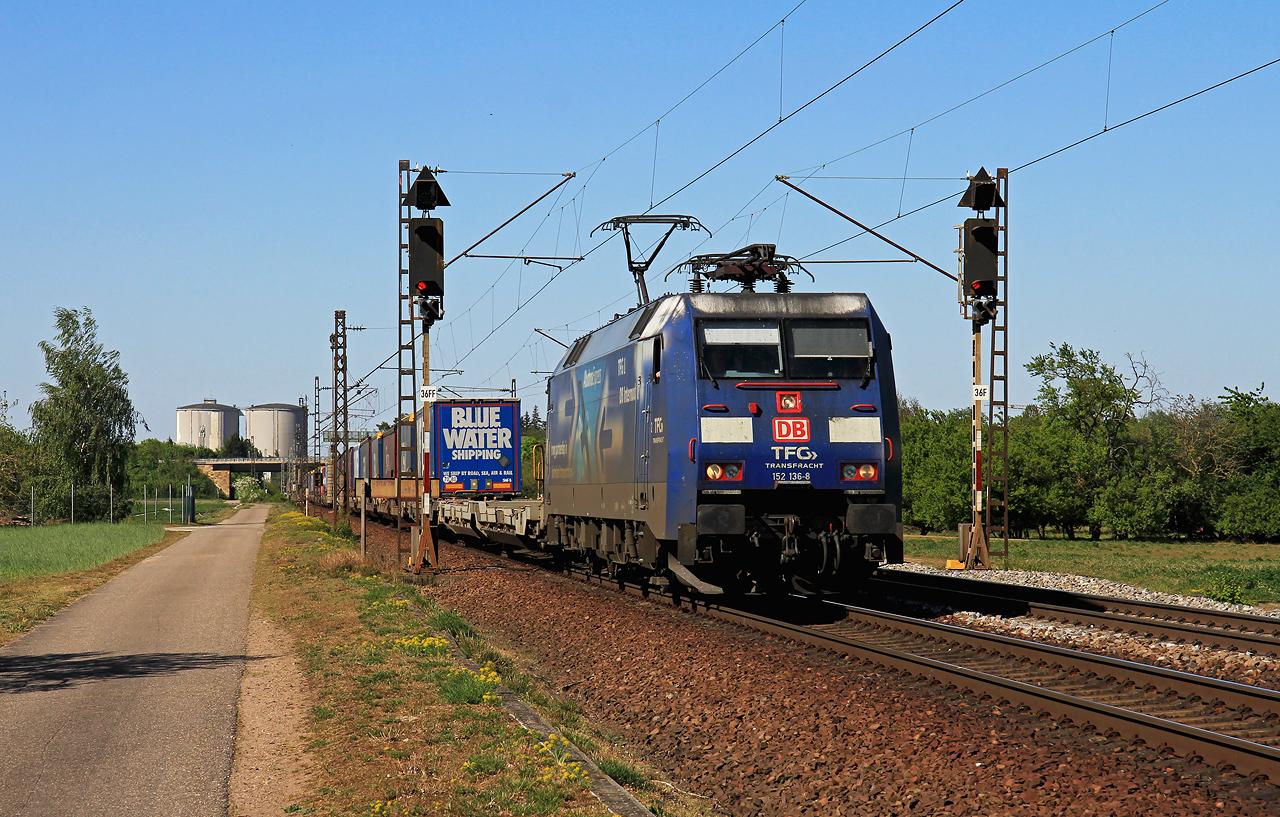 http://www.badische-schwarzwaldbahn.de/DSO/G458.jpg