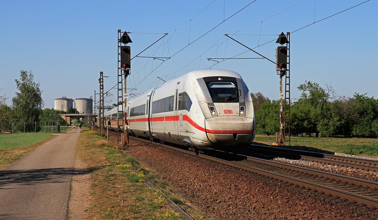 http://www.badische-schwarzwaldbahn.de/DSO/G460.jpg