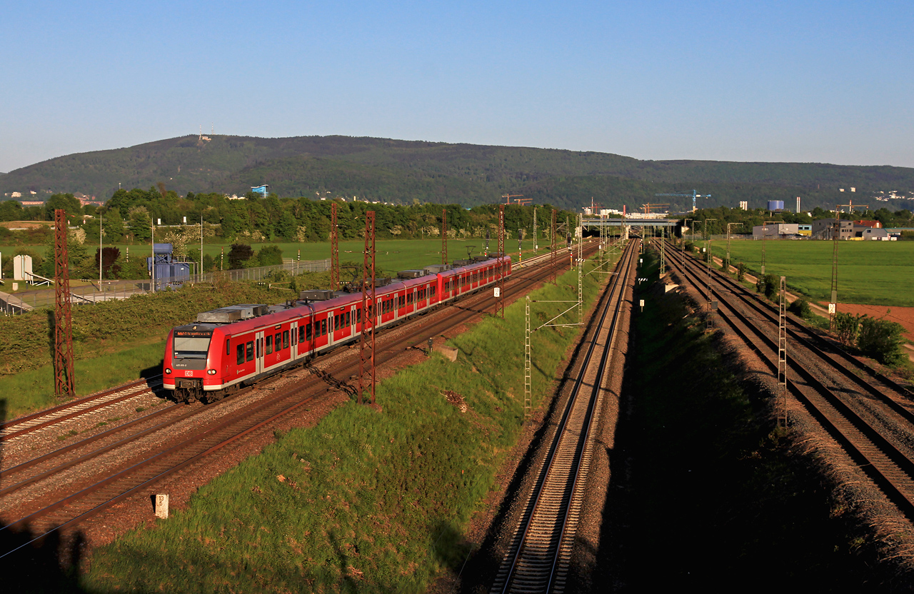 http://www.badische-schwarzwaldbahn.de/DSO/G464.jpg