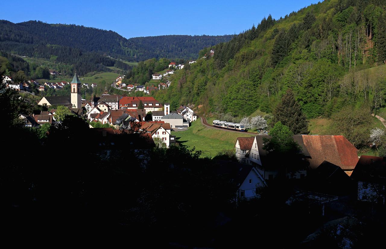 http://www.badische-schwarzwaldbahn.de/DSO/G60.jpg